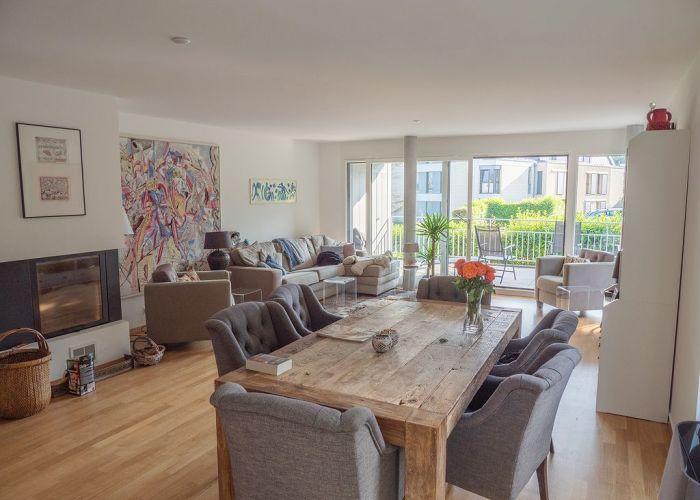 Bel appartement lumineux de 4.5 pièces avec terrasse