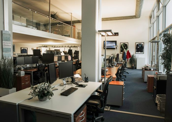 Locaux commerciaux/bureaux